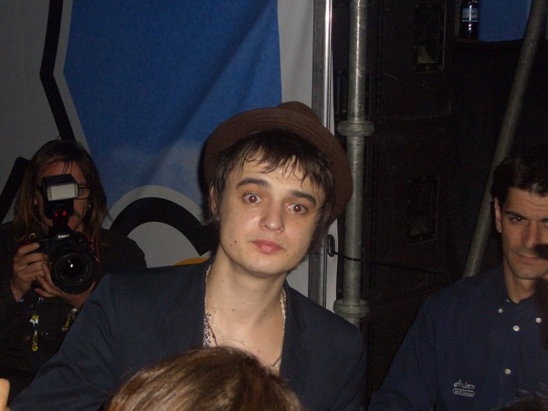 Pete Doherty of the Libertines, 2006. Right after he flew in and shot some blood through the airplane. (Photo: Thomas Venker)