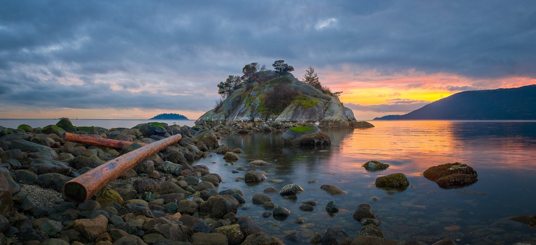 Tomas Jirku (photo) - 14. Whytecliff Park, Whyte Islet_
