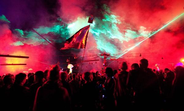 Maidan, Taksim, Athen, könnte sein, ist aber die Nation 2015 bei Nauen -