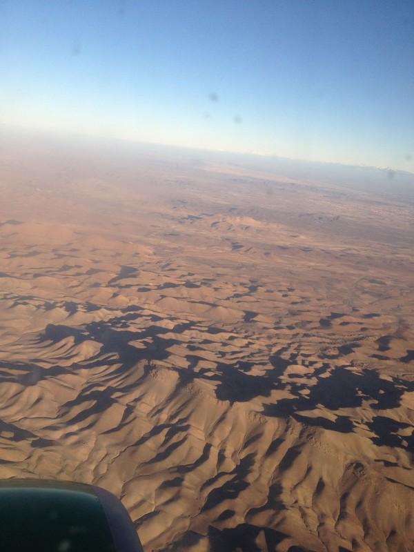 über die Sahara.