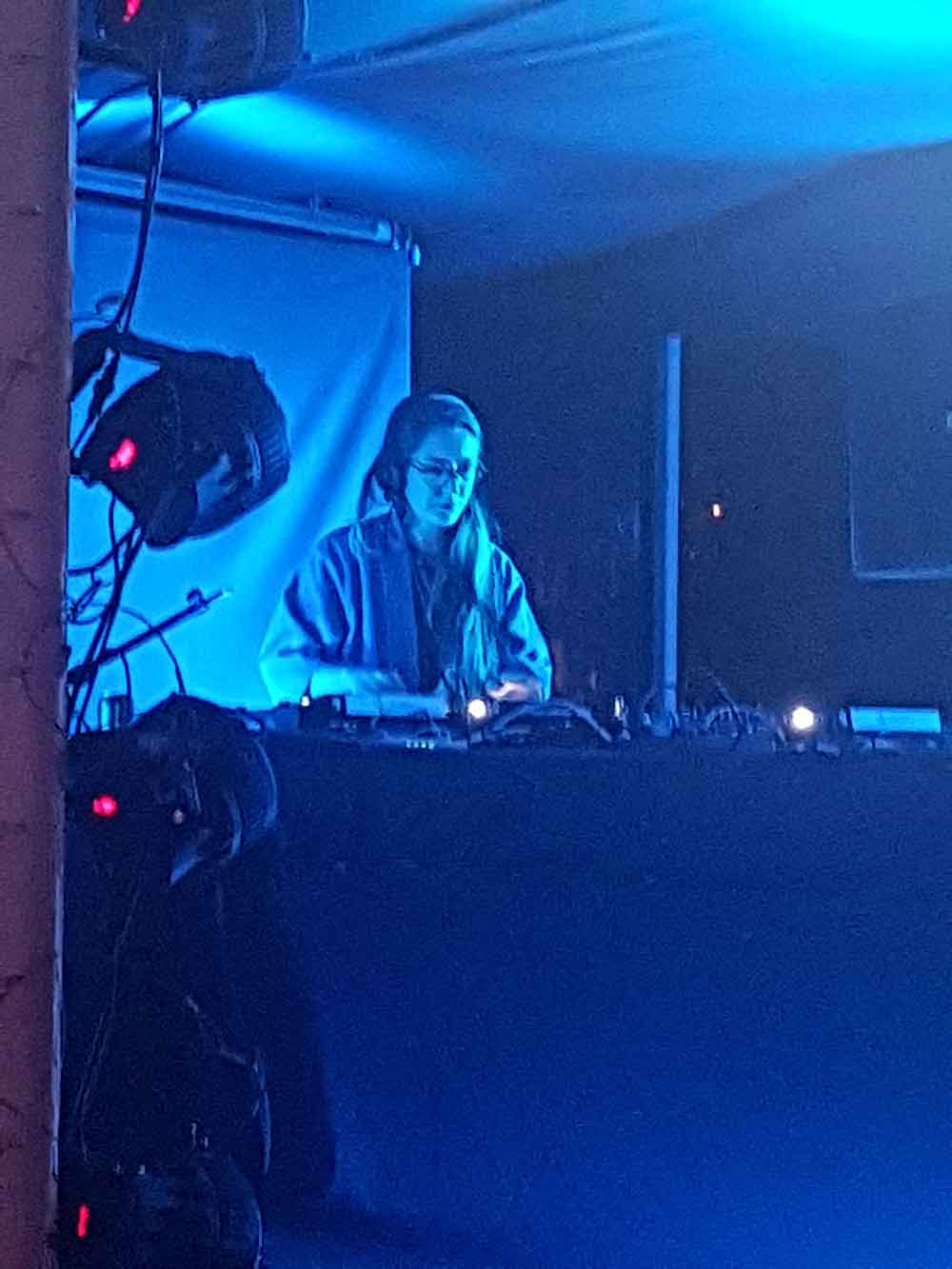 Lena Willikens made us dance heavily