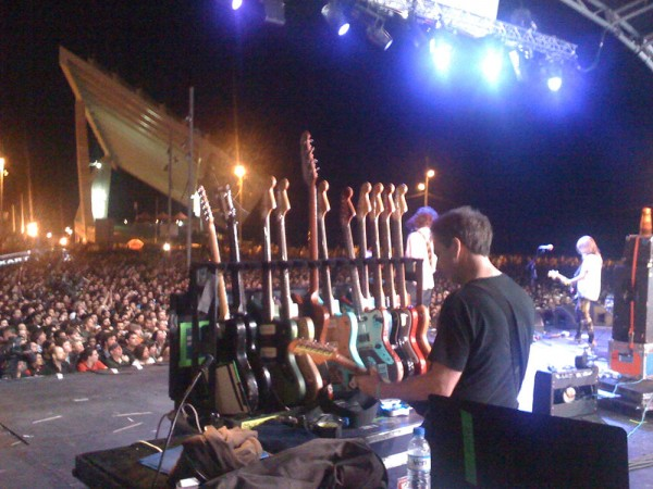 Who got the most guitars in the world? Well, still Sonic Youth in 2009. (Photo: Thomas Venker)